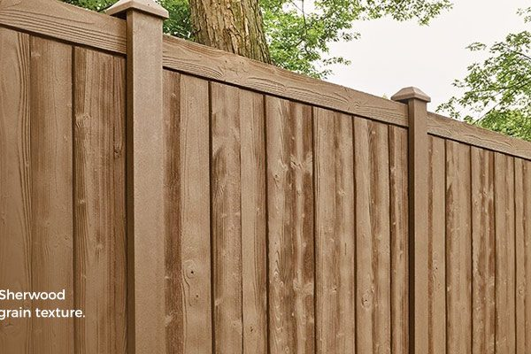 Compare and Contrast a Vinyl vs Wood Privacy Fence Guide